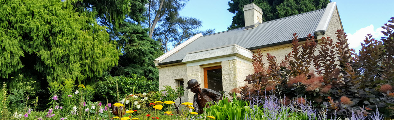 Gatekeepers Cottage - Royal Tasmanian Botanical Gardens